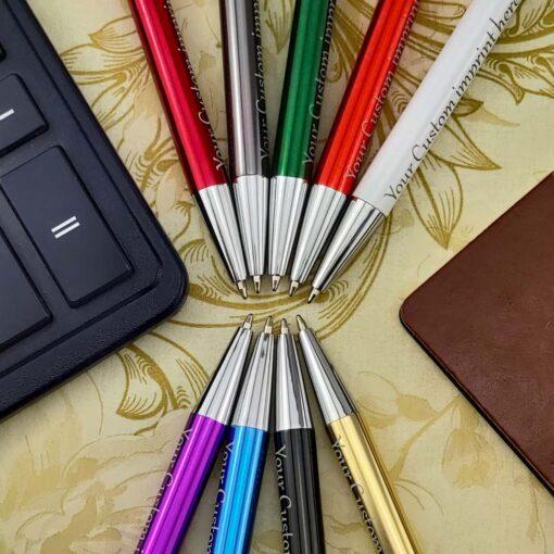 """Pildspalva ar gravējumu """"Model S"""""""