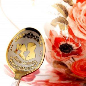 Чайная ложка с гравировкой «Влюблённая пара»
