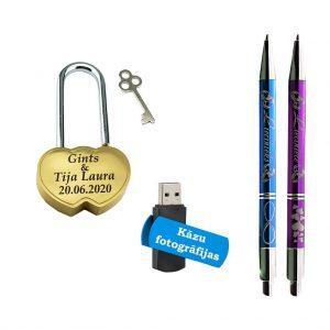 """Komplekts """"Kāzu slēdzene, USB zibatmiņa, Pildspalvas"""""""