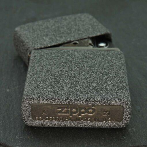 Šķiltava Zippo 211 Iron Stone